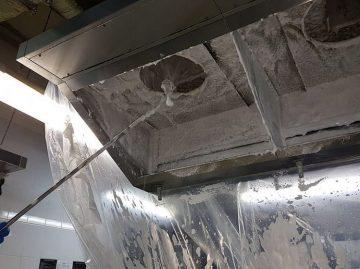 ochistka-ventiliacii-v-restorane2